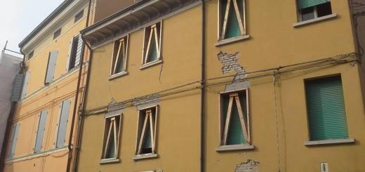 mirandola_sisma_cantiere_1