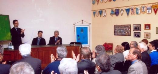 Marcello Nicchi e Fernando Ferioli in occasione dell'inagurazione della sede - resa poi inutilizzabile dal terremoto - il 3 marzo 2012