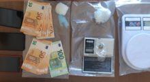 Scambio di droga a Novi, due arresti