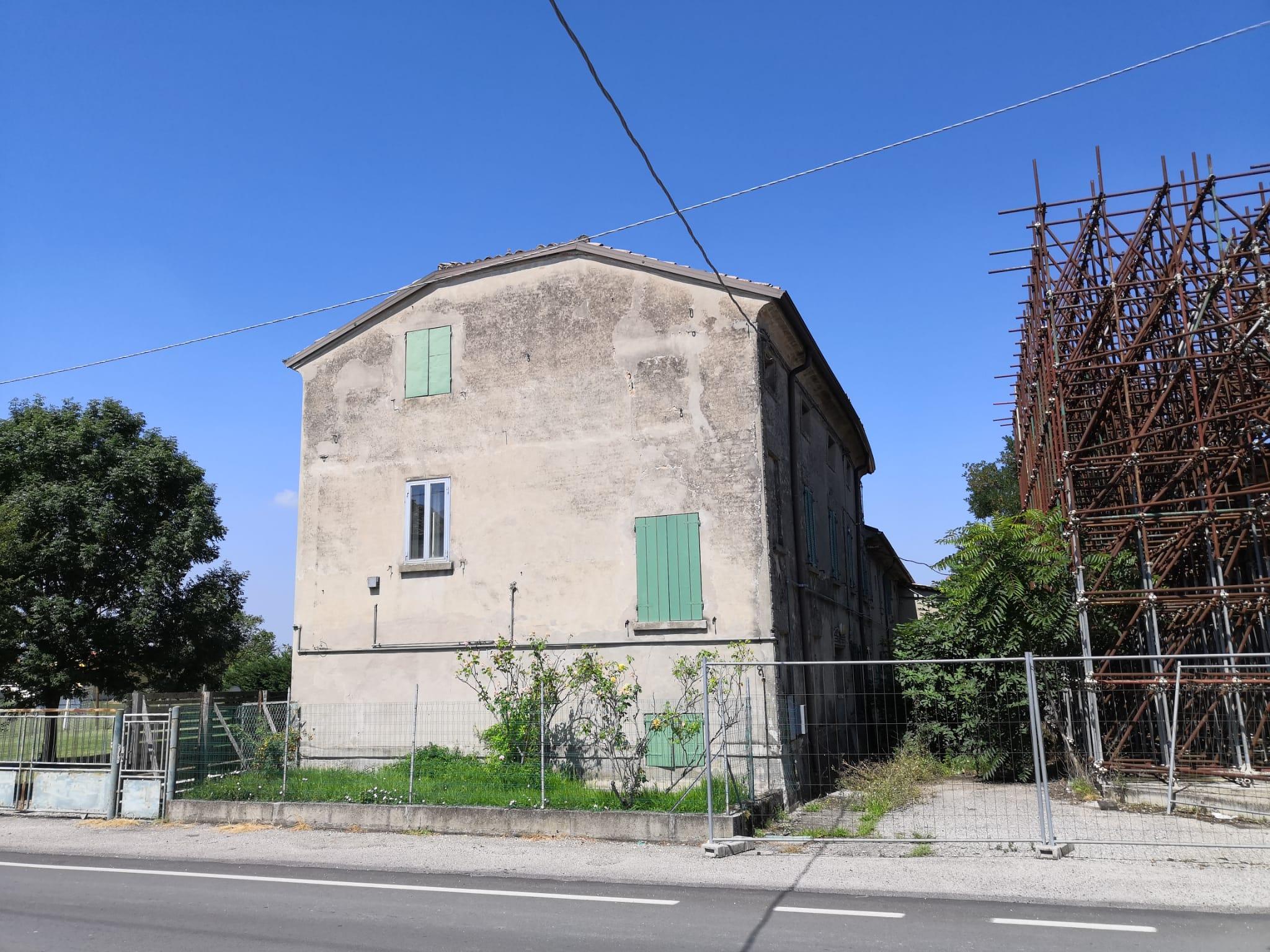 canonica chiesa tramuschio mirandola