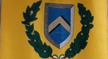 A Mirandola ci sarà lo stemma del Comune sui grembiulini dei bimbi dei prima elementare