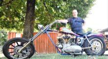 Massa Finalese, Luca Govoni fa risplendere la sua Harley con motore Ironhead e la espone alla Modena Motor Gallery