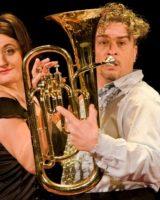 """Soliera, la """"Sonata per tubi"""" di Nando e Maila"""