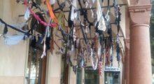 Mirandola, danneggiata l'opera d'arte di Francesca Pasquali allestita in centro