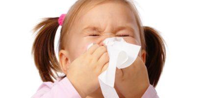 Scuola e Coronavirus, cosa fare se il mio bimbo ha tosse, febbre, diarrea o gli cola il naso