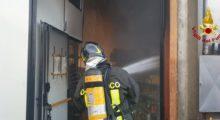Vigili del Fuoco sue due fronti, incendio capannone a Modena e incidente su A22 Carpi-Campogalliano