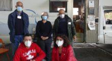 Mascherine, gel igienizzante e opuscolo multilingue, la Prevenzione scende in strada con il kit anti-Covid