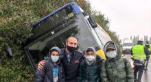 Poliziotto di Mirandola salvò 3 ragazzi da incidente stradale, il web lo consacra